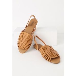 Shoes - Camel strappy huarache sandal NWT